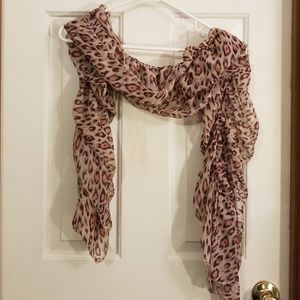 Leopard print scarf.